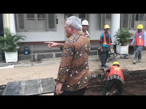 VIDEO : Begini Gaya Menteri Basuki Sidak Proyek di Istana
