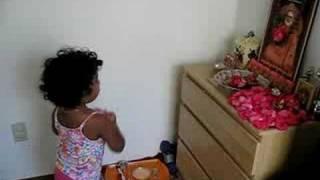 Roshni doing Aarti