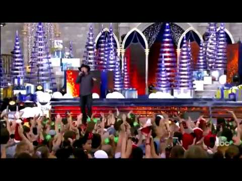 Garth Brooks - Christmas means i love you