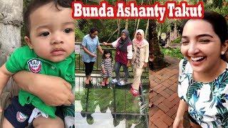 Download Video Keluarga A6 Anang dan Ashanty Seru-Seruan di Bali..Arsy Berani Ke Lantai Kaca MP3 3GP MP4