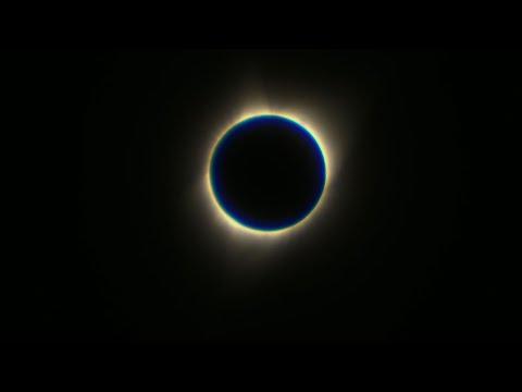 Total Eclipse Darkens Wyoming