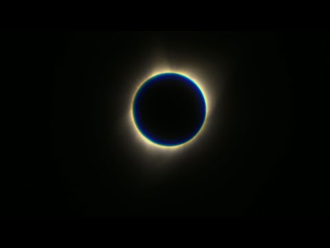 Total Eclipse Darkens Wyoming