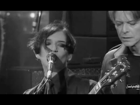 David Bowie/Brian Molko - Protège Moi - YouTube