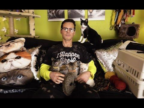 Granger Smith  I Happen To Like Cats