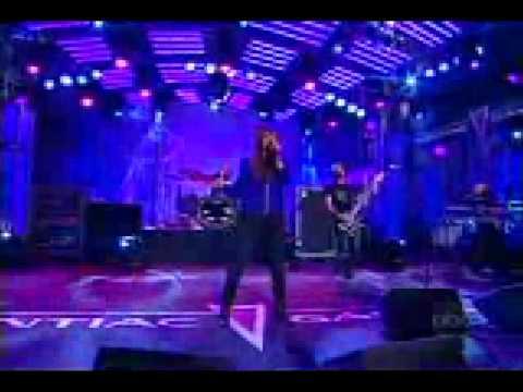 Litlle Miss Obsessive Live -Ashlee Simpson