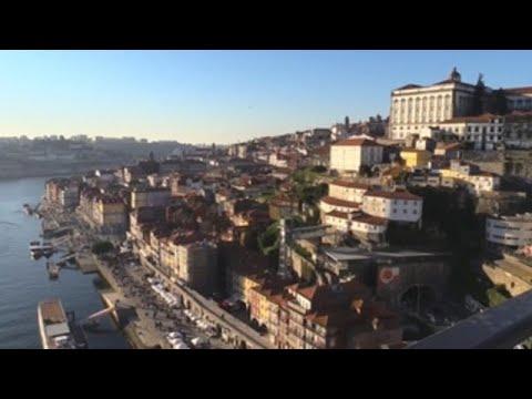 Los turistas ahogan a Oporto