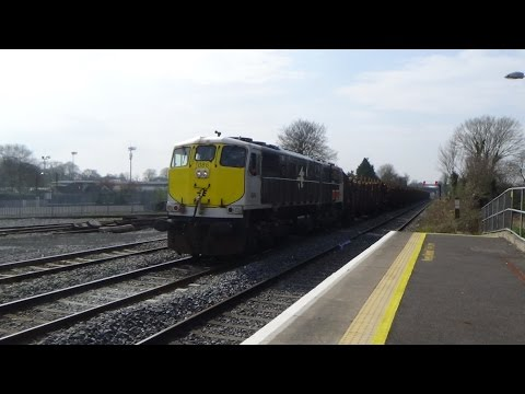 Trains at Kildare 10/4/15