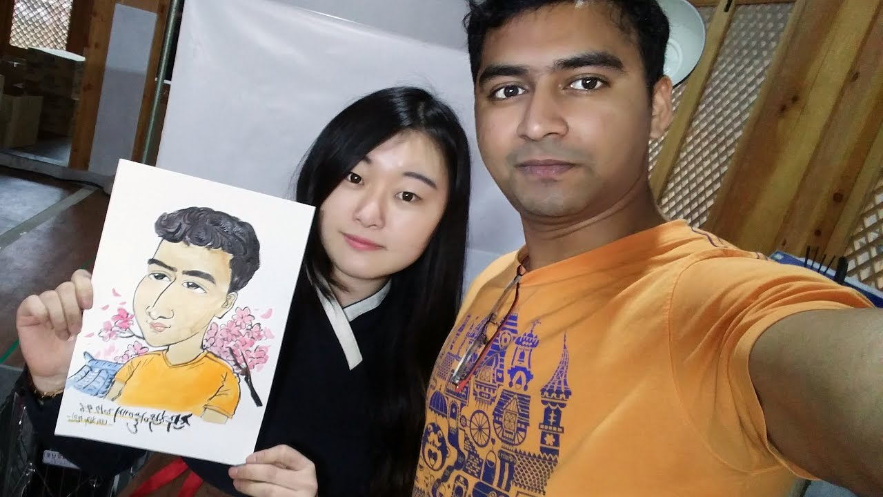 She Draw A Indian Guy For The First Time  Jeonju Hanok -5932