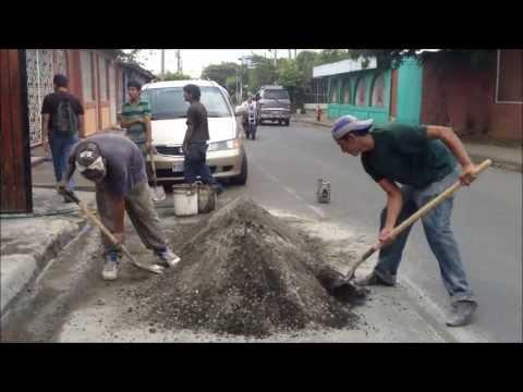 Nicaragua 2013, People and Money