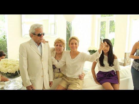 Shakira y su padre, William Mebarak, graban 'Hay Amores' / Shakira & her dad record 'Hay Amores'