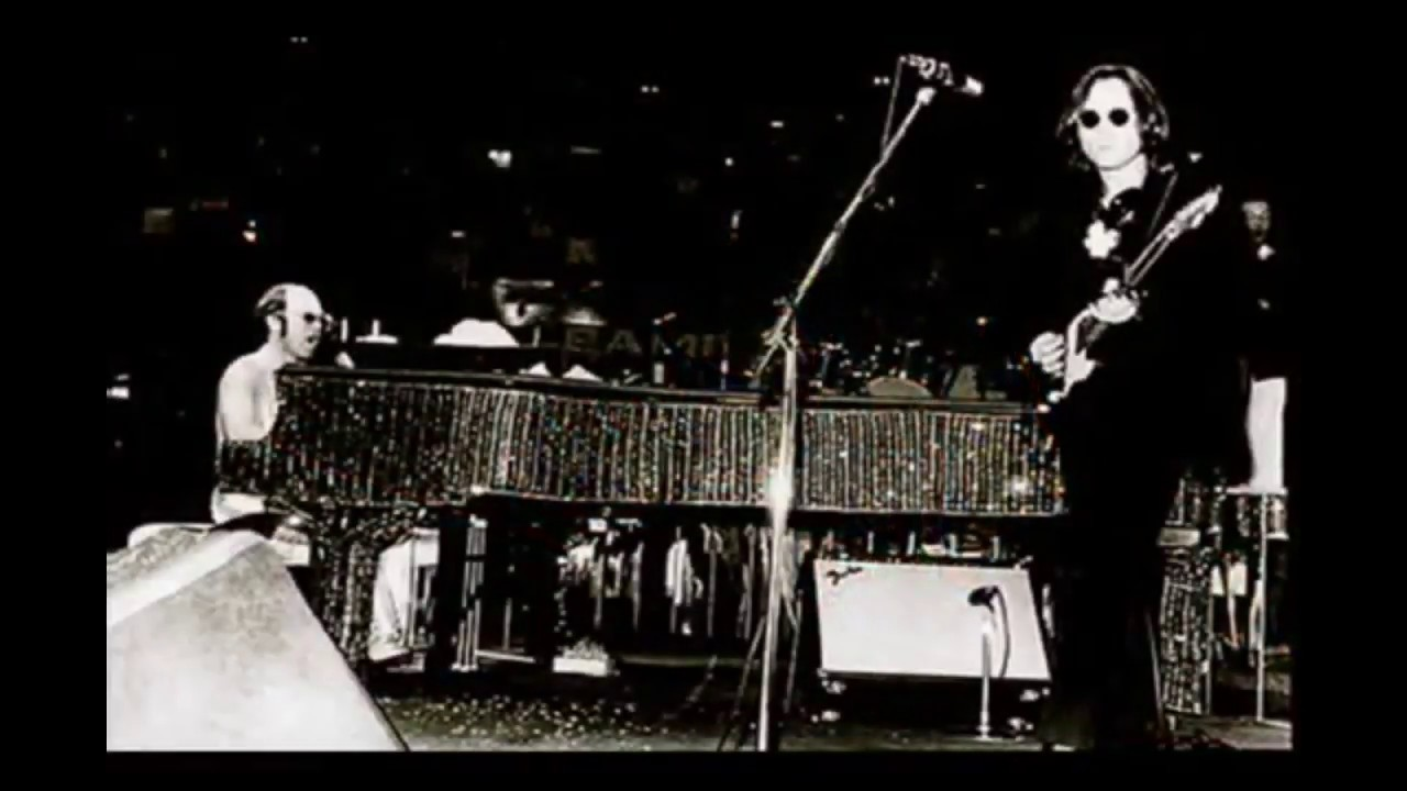 John Lennon Elton John Whatever Gets You Thru The Night Live Msg 1974 Youtube