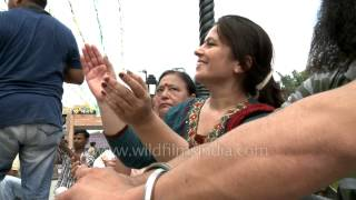 Indian girls perform Giddha (Punjabi dance) - 15th August 2012 at Wagah border