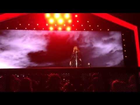 Skyfall - Adele live @ Arena di Verona...