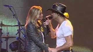 "Tim McGraw & Faith Hill - ""I Need You"" (Live in Sydney, Australia)"