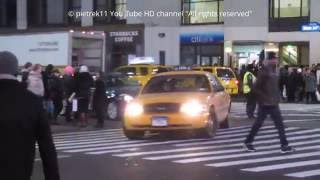 NYPD unmarked police car yellow cab taxi night & lights New York Manhattan HD ©