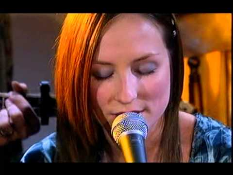 Julie Fowlis - Hug Air a