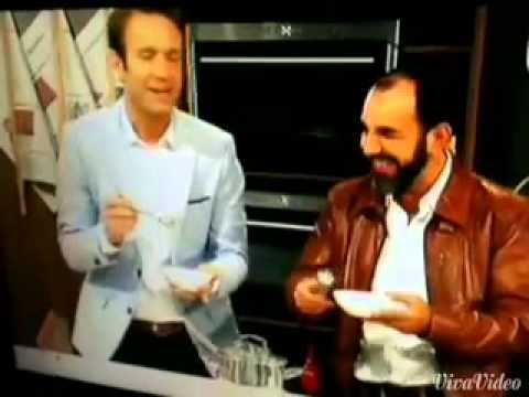 Peter Imhof und Adnan Maral probieren Dönersuppe