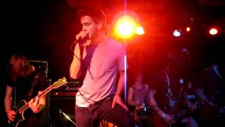 Castles (NEW!)- The Paramedic Live at the Mad Frog Sept 4 2010 HD