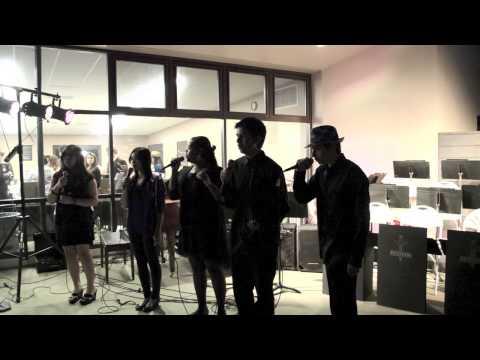 Bishop Montgomery High School Jazz Night 2014 Part 3: Happy Tones