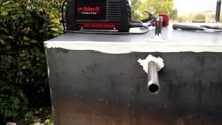 Виготовлення теплоаккумулятора (відео 4)(Виготовлення теплоаккумулятора своїми руками відкритого типу. З двома теплообміниками для сонячного дире..., 2015-10-16T21:17:50.000Z)