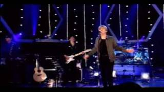 David Bowie - 5.15 the Angels Have Gone (Live on Jools Holland 2002)