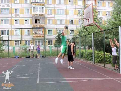 Стритбол в Омске - Баскетбольный бум - данки!