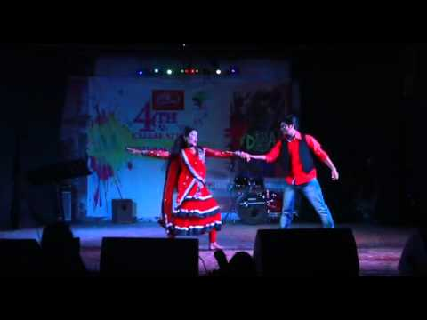 Couples Dance Akasete Lokkho Tara