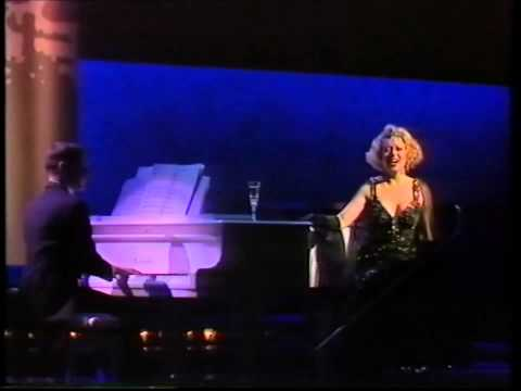 Elaine Paige: I Get A Kick Out Of You (1989 Olivier Awards) music