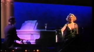 Watch Elaine Paige I Get A Kick Out Of You video