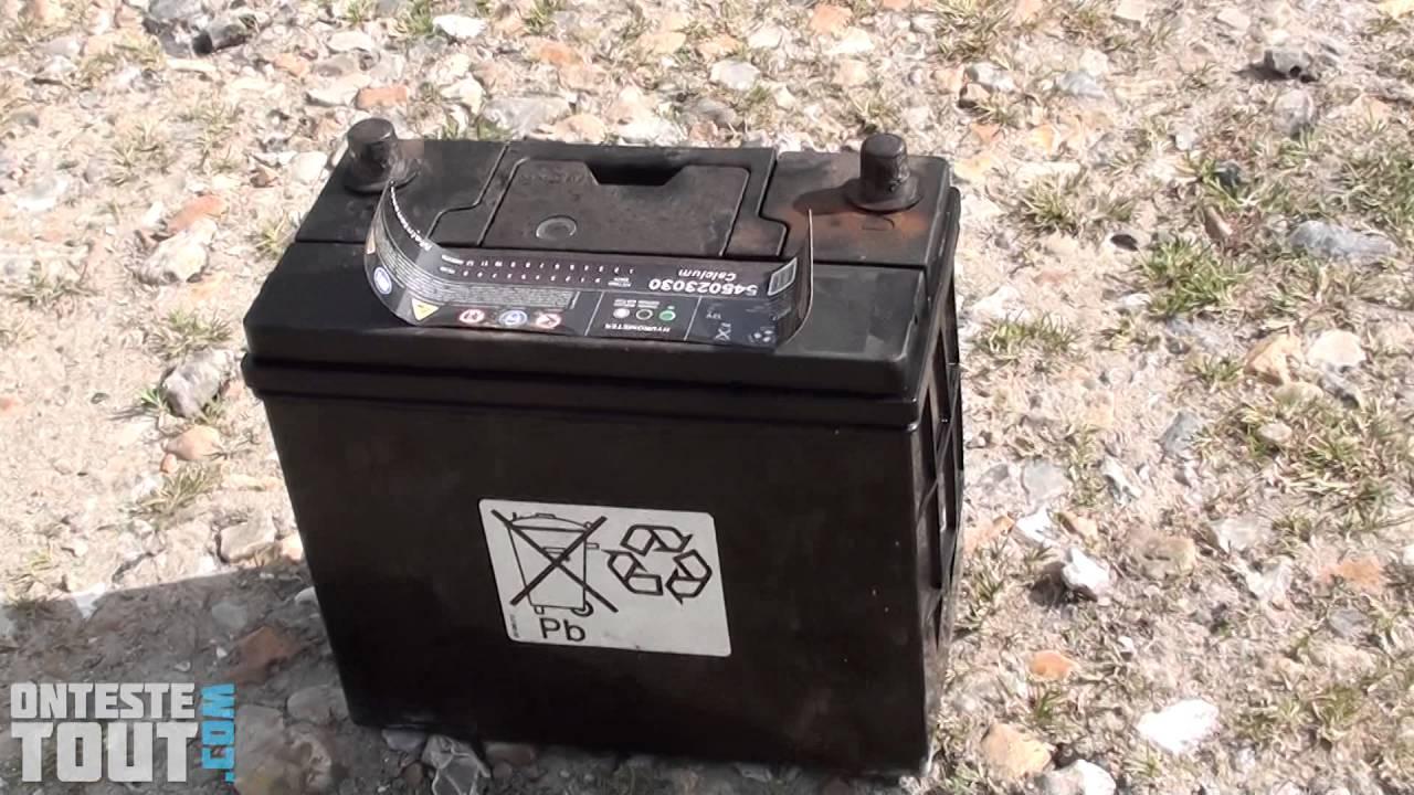 batterie moto qui bouillonne