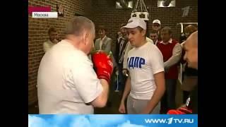 Жириновский  Мнение о спорте! Мужик!