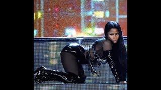Nicki Minaj BONUS TWERKLIVE!!