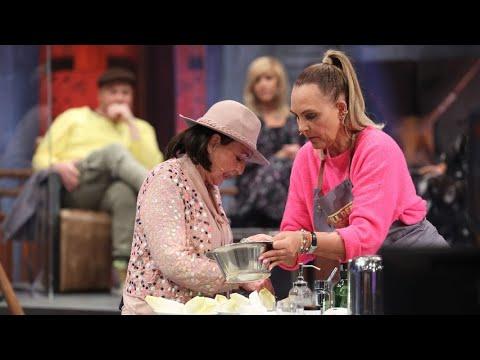 Natascha Ochsenknechts Mutter zieht mit 80 durch die Clubs