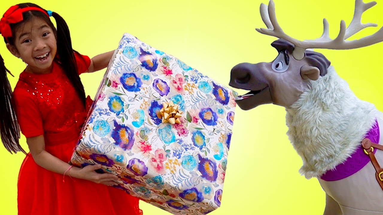 Download Emma & Andrew Pretend Play Delivering Presents on Christmas Morning with Santa