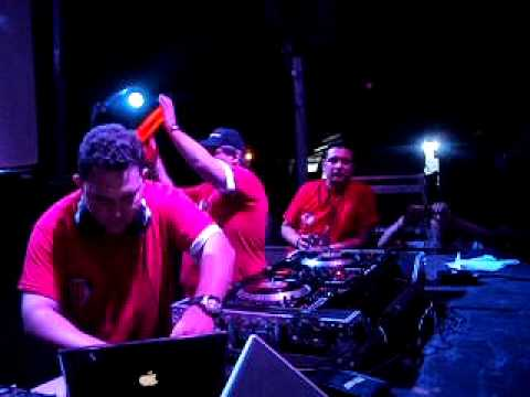 PRESENTACION DJ MALON DJ PARTY 2011.AVI