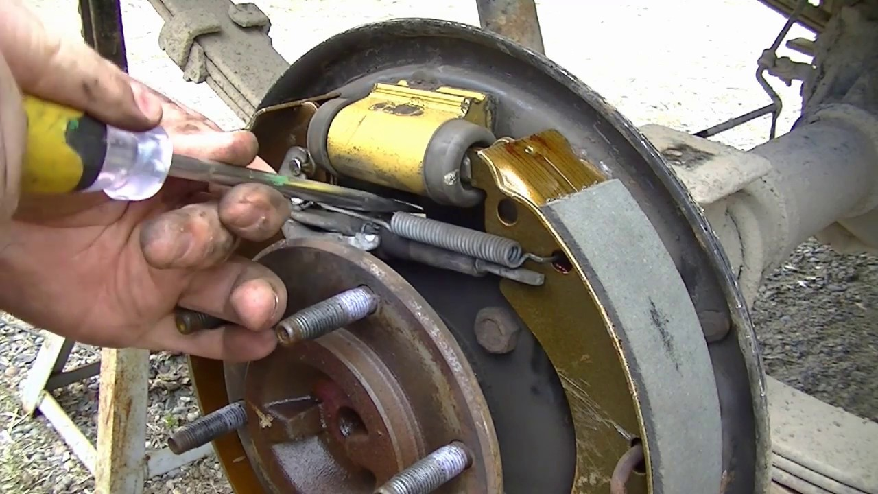 Replacing Drum Brake Shoes 08 Chevy Colorado 100k Miles