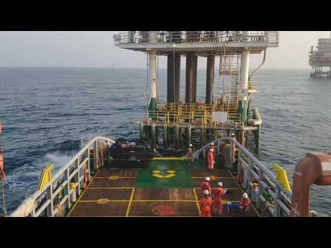 Offshore Personnel Transfer by Boatlanding