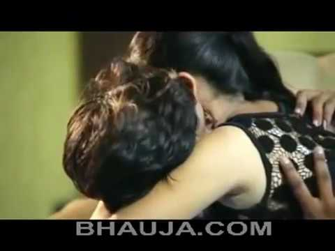 Bhabhi seducing bhai HoT thumbnail