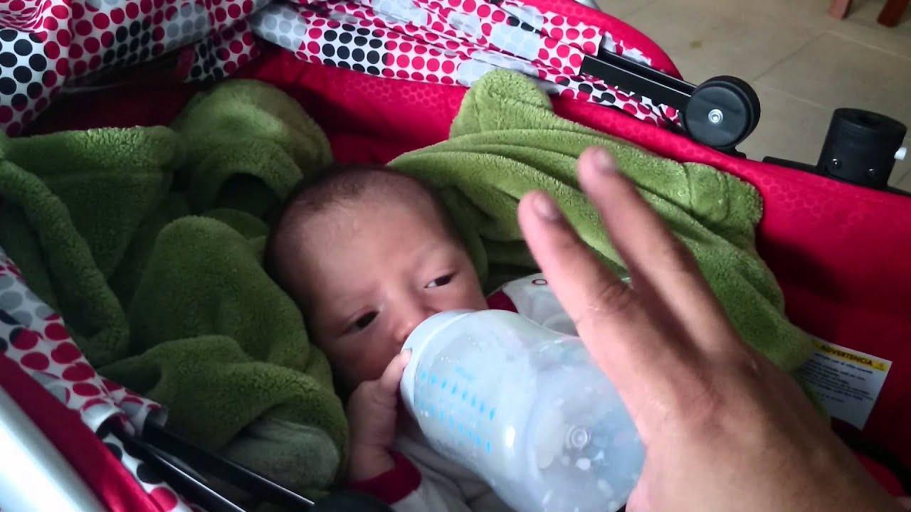 Mi bebé de 3 semanas de nacido ya sabe contar XD - YouTube