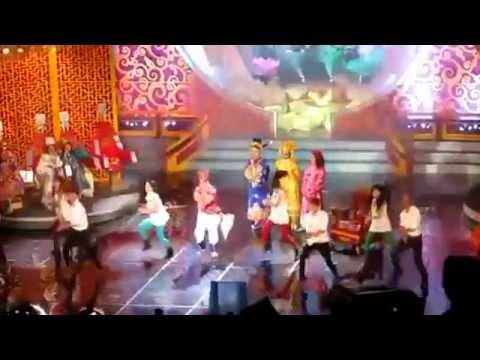 Táo quân 2013 chế Gangnam style