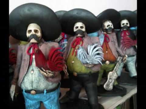 Catrinas de Barro de Michoacan