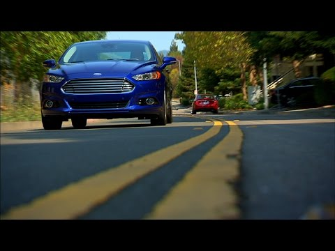 Car Tech - 2014 Ford Fusion Energi Titanium