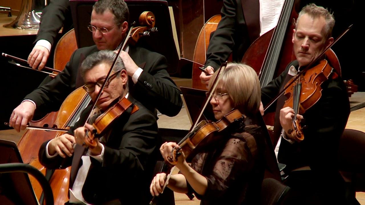 Schubert: Symphony nº 5 - Dima Slobodeniouk - Sinfónica de Galicia