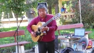 Đẳng cấp guitar là đây! Chơi guitar đường phố cực đỉnh