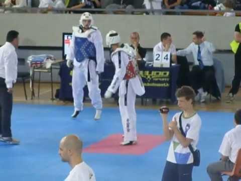 Taekwondo Belgrade Trophy -2012- Mihail Mihaylov NERON - Vukelic Danilo IMPERIUM