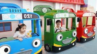 뽀로로와 타요가 같이 있는 키즈카페를 다녀왔어요!! 서은이의 뽀로로타요 키즈카페 대형 놀이터 놀이공원 Tayo Pororo Indoor Playground