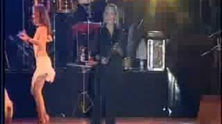 Gilberto Santa Rosa - La Agarro Bajando ( En Vivo)