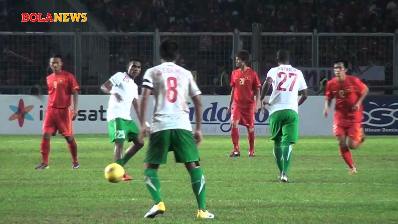 Semifinal Sepak Bola SEA Games XXVI Indonesia vs Vietnam ...