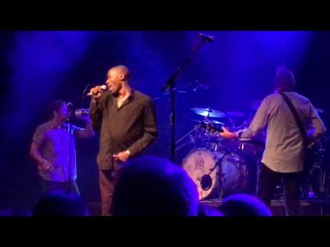 Mike & The Mechanics - Cuddly Toy (Roachford) - Live in Frankfurt 2016