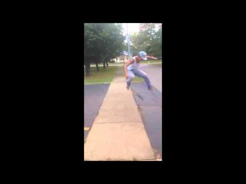 Skating sesh over the side walk !! Rochester , NY !!!!